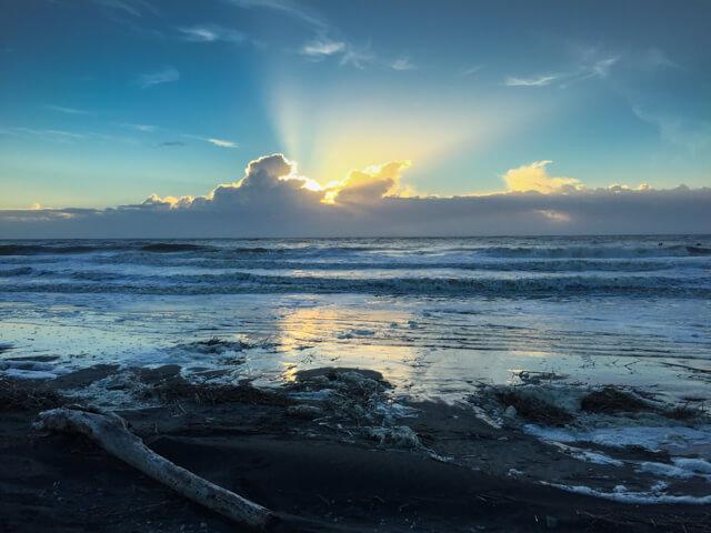 Ocean sunrise: